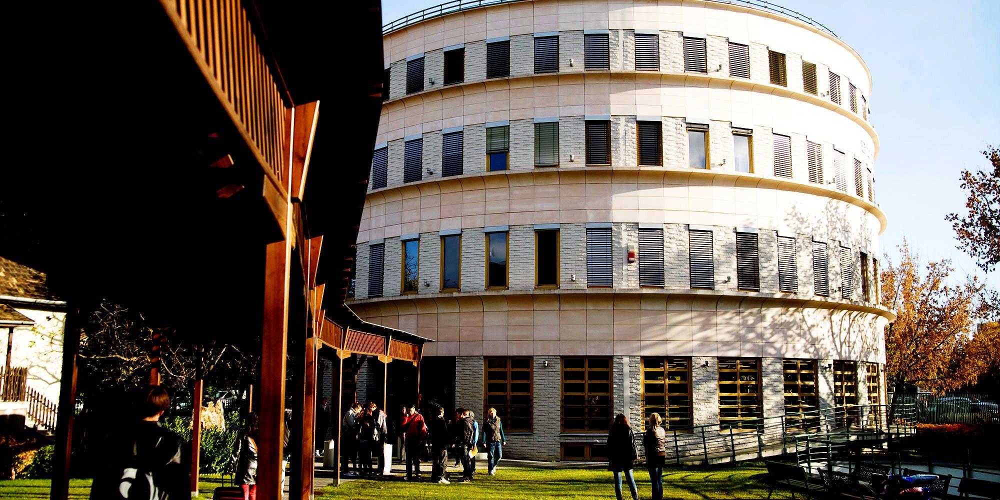 Az egyetemen végzett vloggerekkel csábítja a felvételizőket a METU